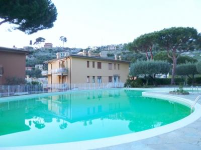 camogli_apartment_rental_swimming_pool